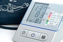 how to measure high blood pressure manually
